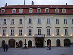 Erdődyho_palác_(Ventúrska), zdroj wikipédia