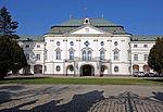 Letný_arcibiskupský_palác, zdroj wikipédia