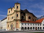 Kostol_svätého_Jána_z_Mathy_(Bratislava), zdroj wikipédia