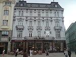 Paluďaiho_palác_(Hlavné_námestie), zdroj wikipédia
